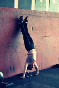 diablo crossfit jen l handstand push up