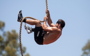 Games2012_RichFroning_RopeClimb